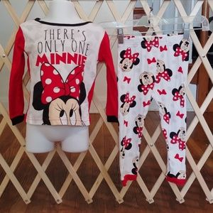 ❤ girls size 4 Minnie mouse pjs❤